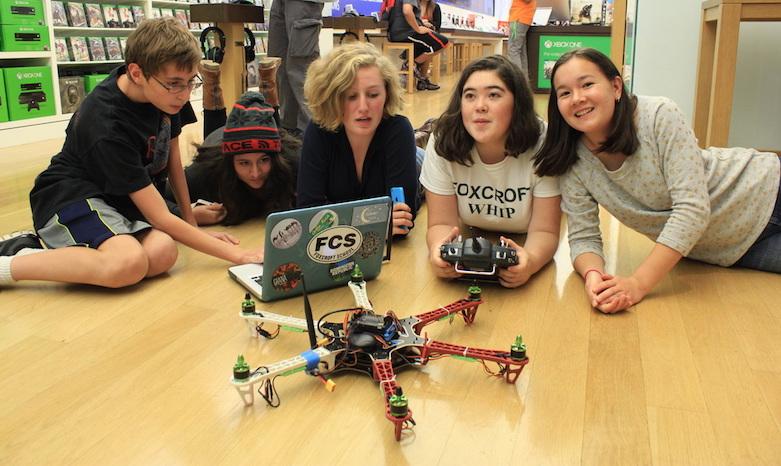 7 Benefícios do Aprendizado de Programação e Robótica para Crianças e Adolescentes