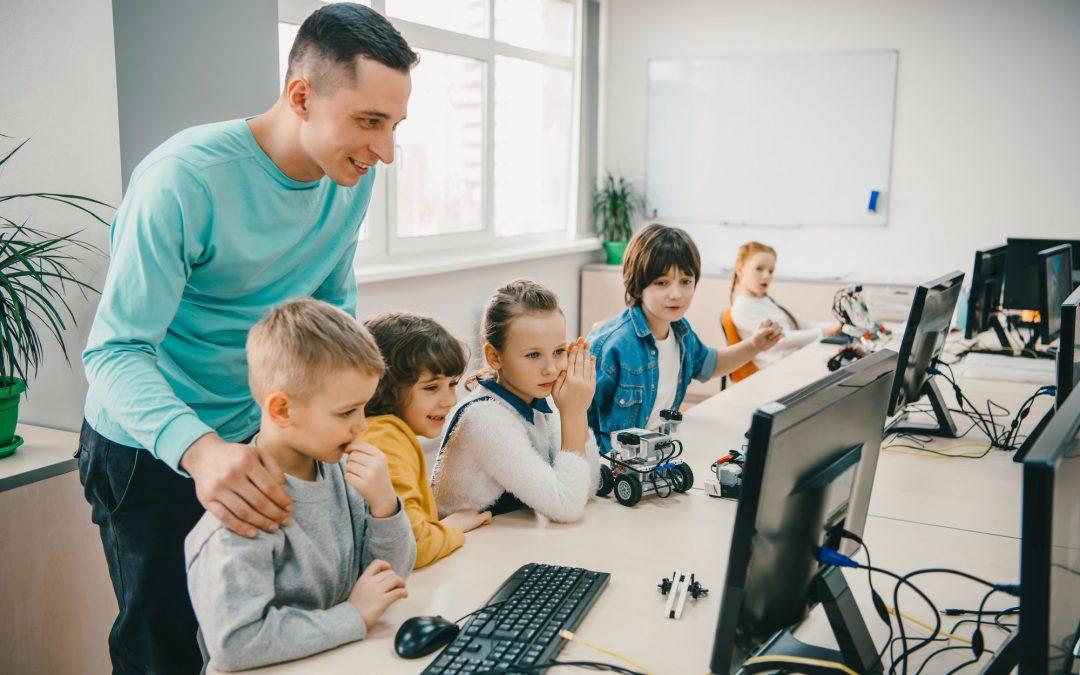 Robótica para crianças: conheça 6 benefícios para seu filho