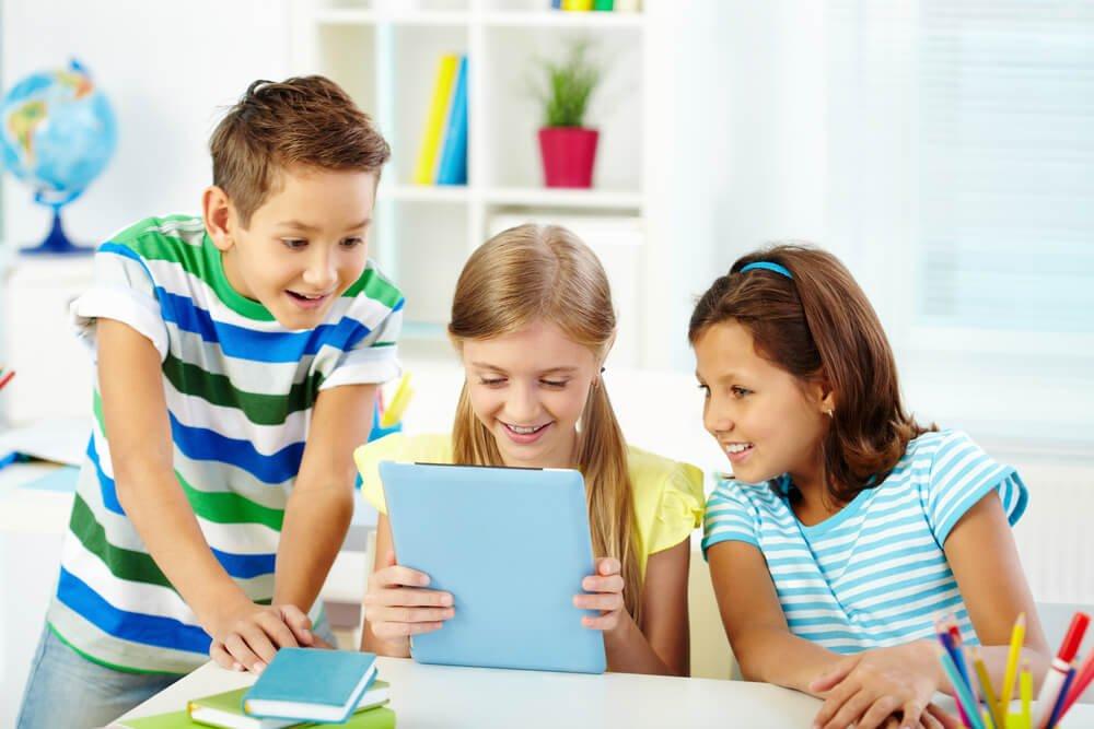 Entenda o papel da tecnologia na educação infantil