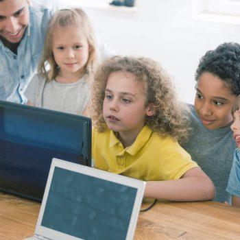 6 benefícios que criar games proporciona para as crianças