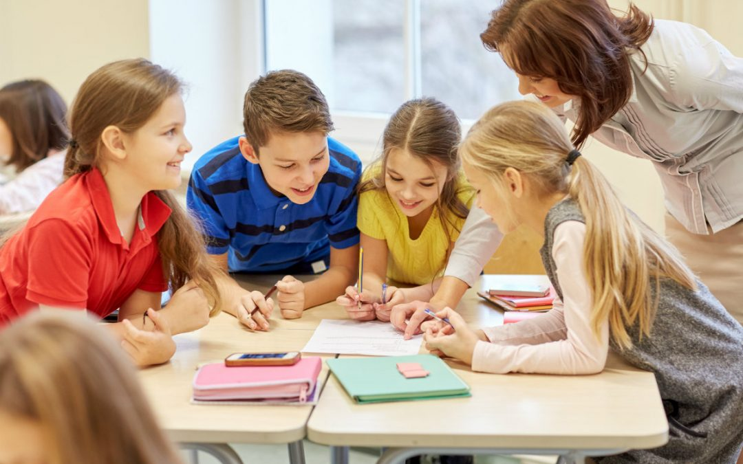 Afinal, como incentivar o trabalho em equipe desde a infância?
